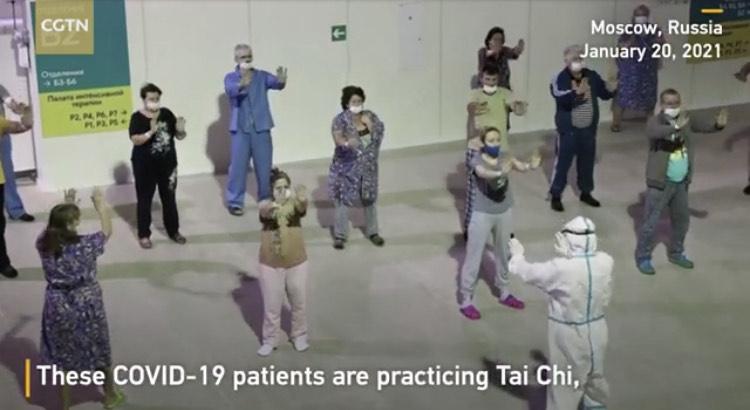 Práticas de Tai Chi em pacientes com COVID-19 (sintomas leves) na Russía